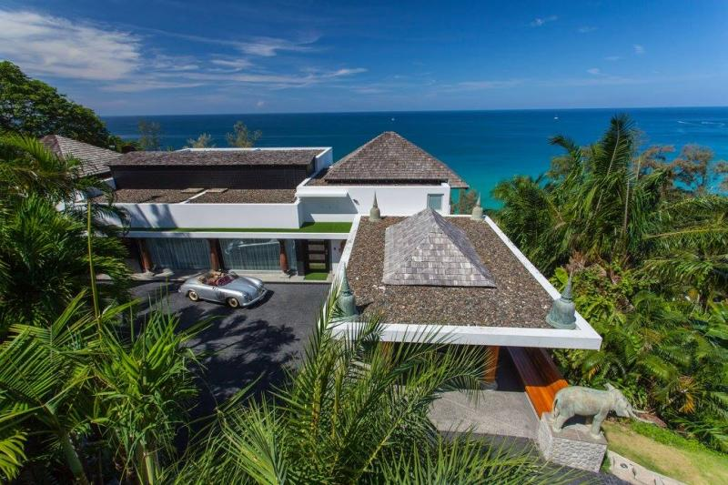 Picture 11 Bedroom full service villa in Surin Beach, Phuket, Thailand