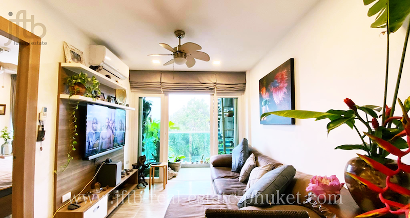 Picture Superb modern condo for sale in Nai Harn under the market price
