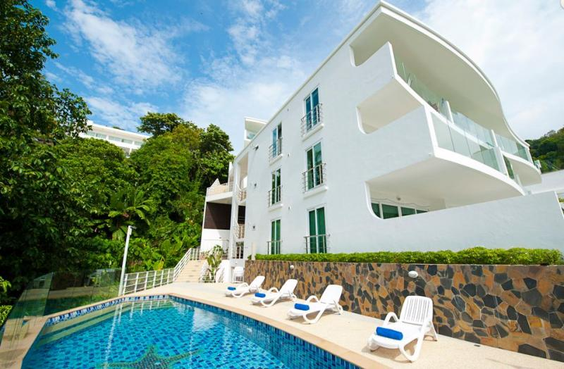 Picture 1 bedroom apartment to sell in Kata, Phuket