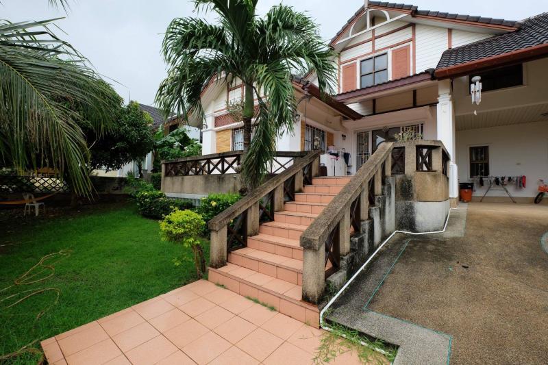 Photo Maison 2 chambres avec jardin à vendre ou à louer à Chalong - Phuket