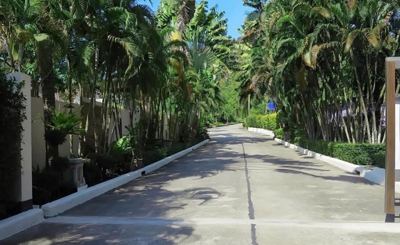 Photo Terrain de 3200 m² avec vue mer à vendre à Yamu Hills, Phuket (prix réduit))