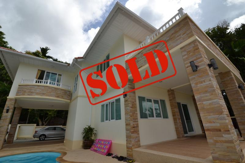 Picture Fully renovated 3 bedroom pool villa in Kathu