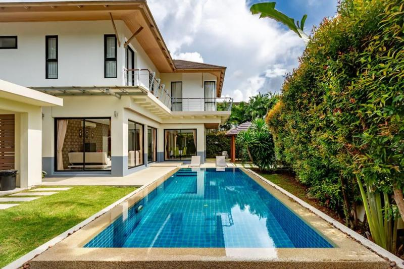 Picture Kathu 3 Bedroom Pool Villa for Rent (Loch Palm area)