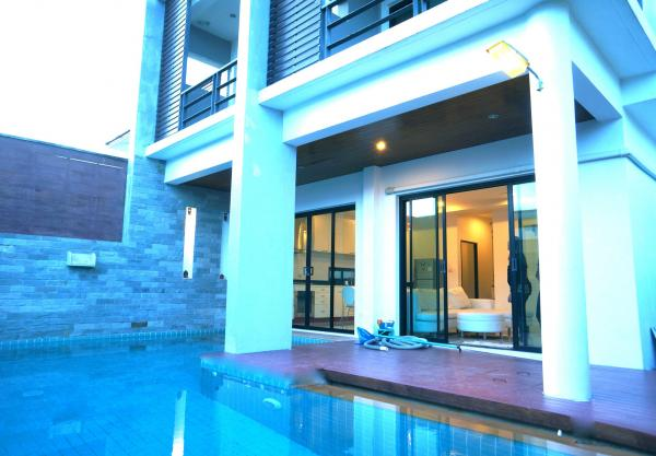 Picture 3 bedroom pool villa  for rent in Rawai, Phuket
