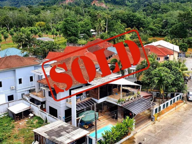 Photo Villa de 3 chambres et piscine à vendre à Kathu, Phuket