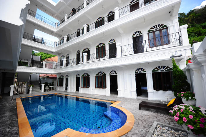 Picture Hotel to Lease with Swimming Pool in Patong Beach