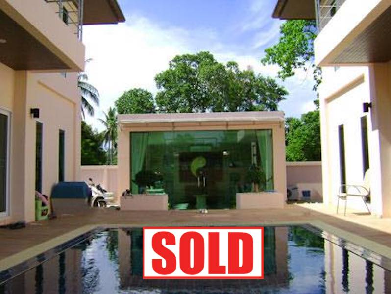 Picture 2 separated house with pool for sale in Rawai, Phuket