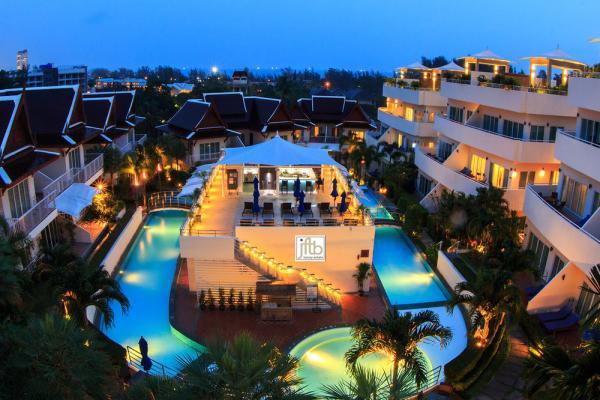 Photo Hotel à vendre à Karon, Phuket, Thailande