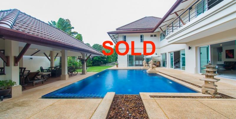 图 5 卧室家庭别墅带游泳池出售英国国际学校附近