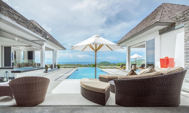 Photo Villa de luxe avec 5 chambres et piscine à vendre à Layan, Phuket