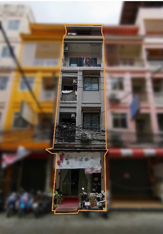 位于芭东黄金地段的 Picture Building 出售,距离 Jungceylon 100 m