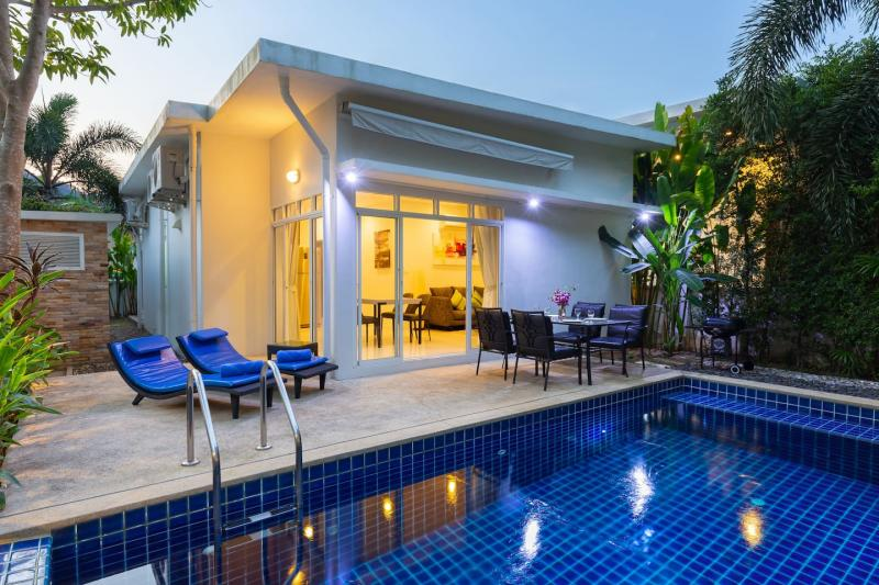 Picture Charming and modern 2 bedroom pool villa for rent in Rawai, Phuket