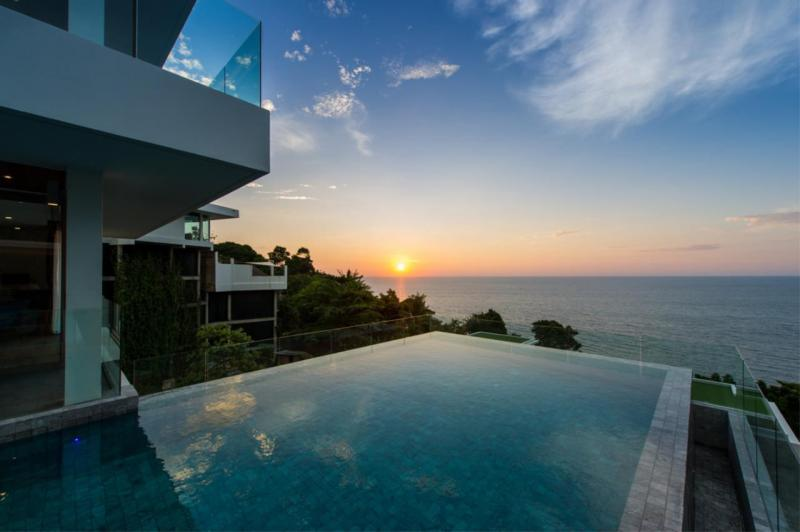 Picture Top Luxury Sea View Villa for Sale on Millionaires Mile, Kamala