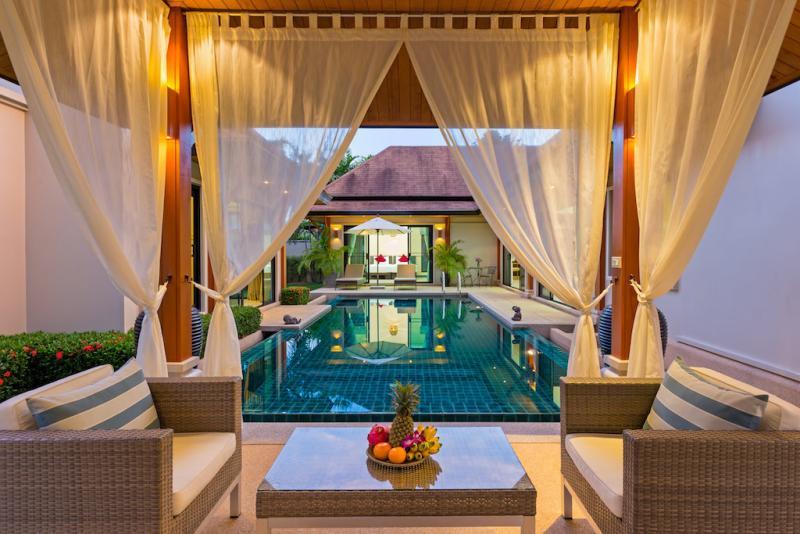 Photo Élégante villa de 3 chambres avec piscine à Rawai, Phuket pour des locations de vacances