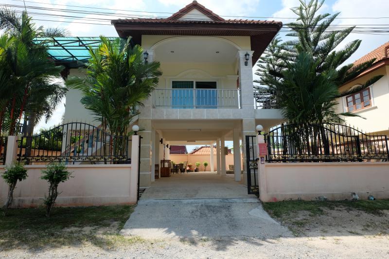 Photo Maison de charme rénovée avec 3 chambres à vendre à Kamala, Phuket, Thailande