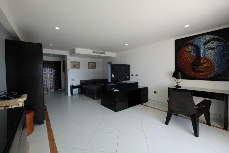 Picture Sea View Patong studio apartment for rent