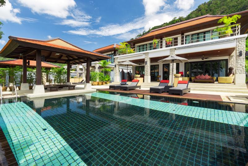 Picture 6 Bedroom + 5 Bedroom Sea View Luxury Villas for Sale near Patong Beach