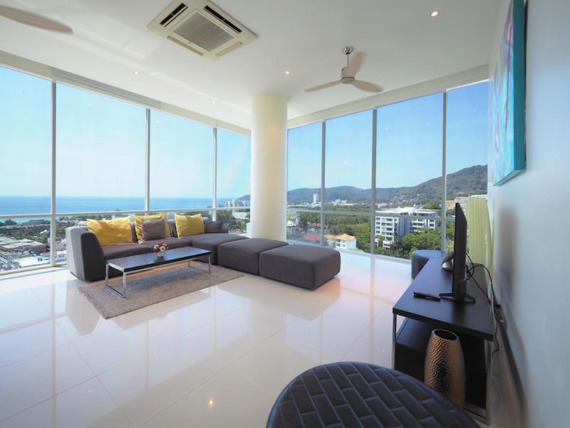 Photo Penthouse de 4 chambres avec vue sur la mer à vendre à Karon, Phuket