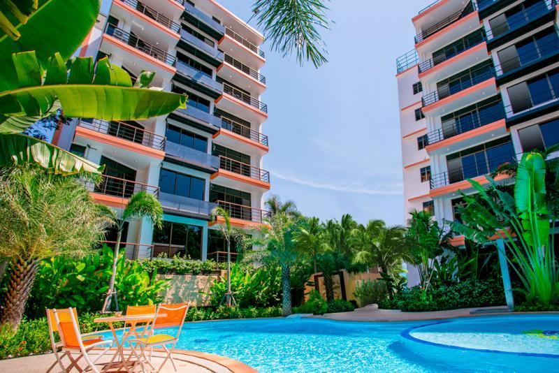 Photo Appartement de luxe de 1 chambre à louer à Phuket à Nai Harn