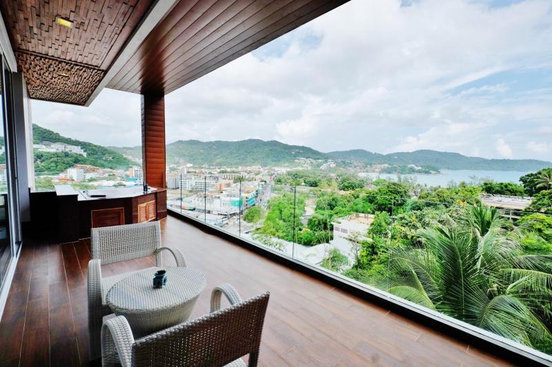 Photo Appartement de luxe de 2 chambres avec vue sur la mer à vendre à Kata, Phuket, Thaïlande
