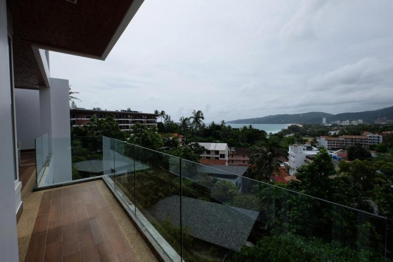 Photo Appartement de luxe à vendre à Kata, Phuket, avec vue imprenable sur la mer