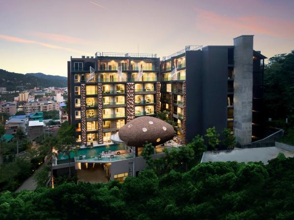 Picture Luxury studio for sale in Patong with hotel facilities