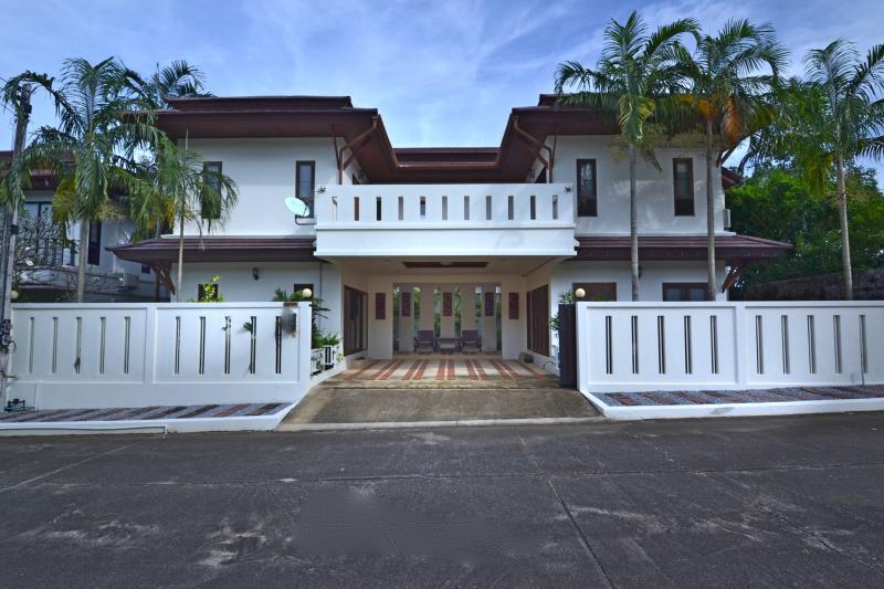 Photo Maison de luxe à vendre à Chalong, Phuket, Thaïlande