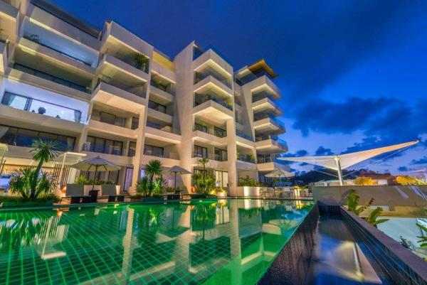 Picture  Luxury Condominium for sale in Surin-Phuket