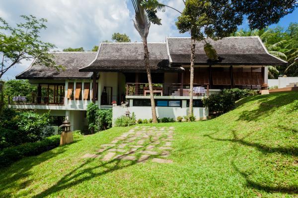 Photo Location villa de luxe avec 4 chambres dans le nord de Phuket, près du pont Sarasin