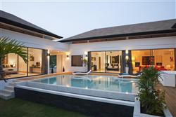Picture Luxury 3 bedroom villa for sale in Nai Harn, Phuket
