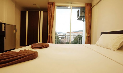 Picture Patong modern 16 room Guesthouse for lease