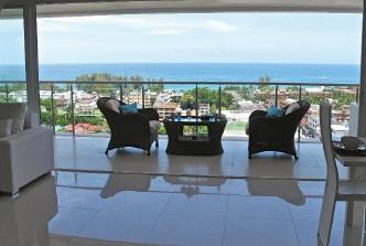 Photo Vente Appartement Haut de Gamme avec 2 chambres et Vue Mer Panoramique à Karon.