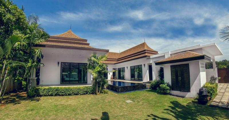 Picture Modern 3 bedroom pool villa for rent or sale in Paklok, Phuket