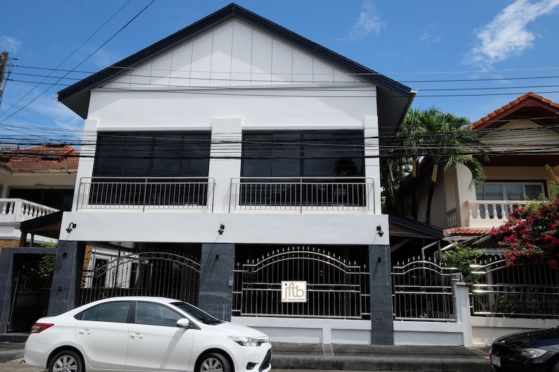 Picture Phuket Modern House for Sale in Patong