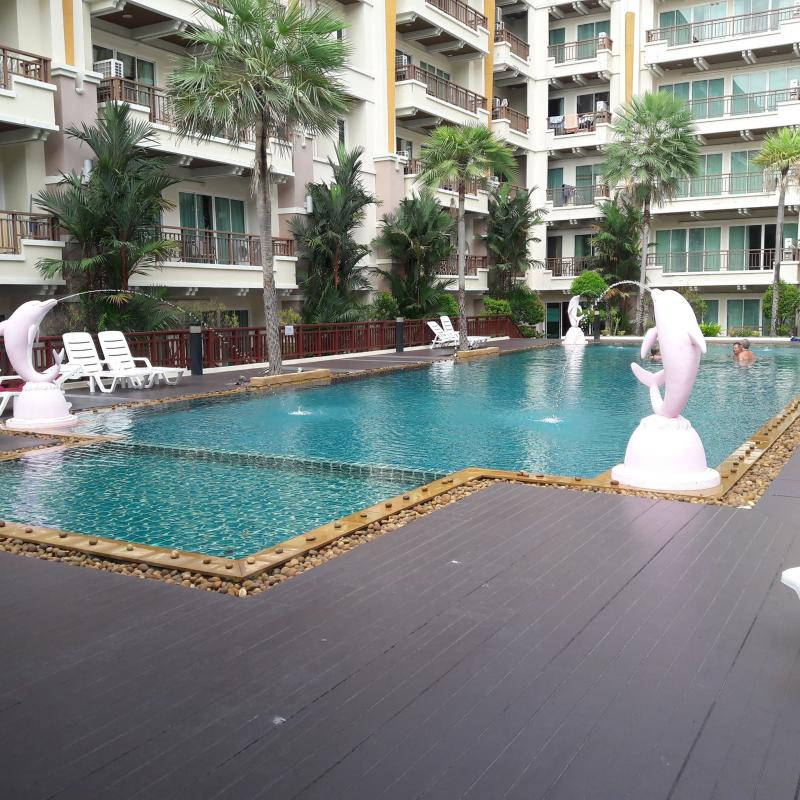 Picture Modern Freehold 1 Bedroom Condo for sale in Patong Beach