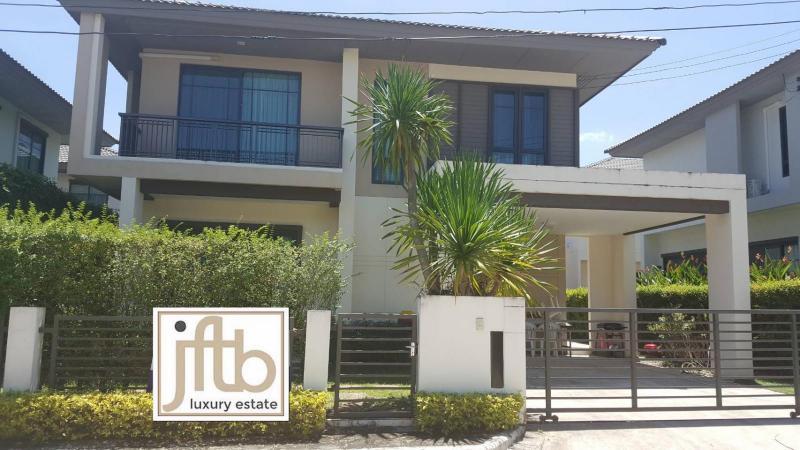 Photo Villa moderne entièrement meublée de 3 chambres à louer à Koh Kaew, Phuket