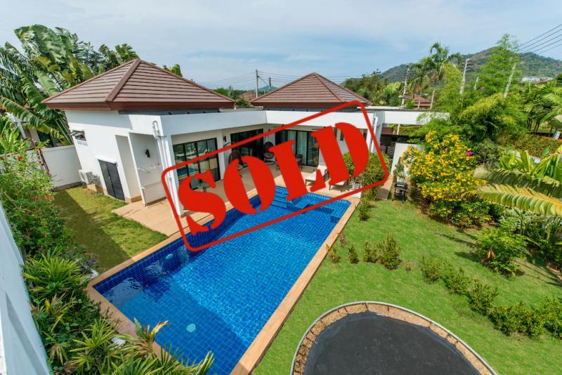 Picture Modern pool villa with 3 Bedrooms ตั้งอยู่ในชุมชนที่มีรั้วรอบขอบชิดในราไวย์