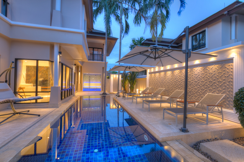 Picture Modern Lagoon view 4-Bedroom Pool Villa for Sale in Laguna