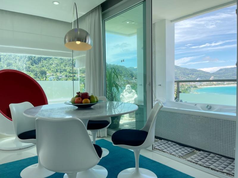 Picture The Baycliff Patong Modern Sea View Condo с 2 спальнями на продажу или в аренду