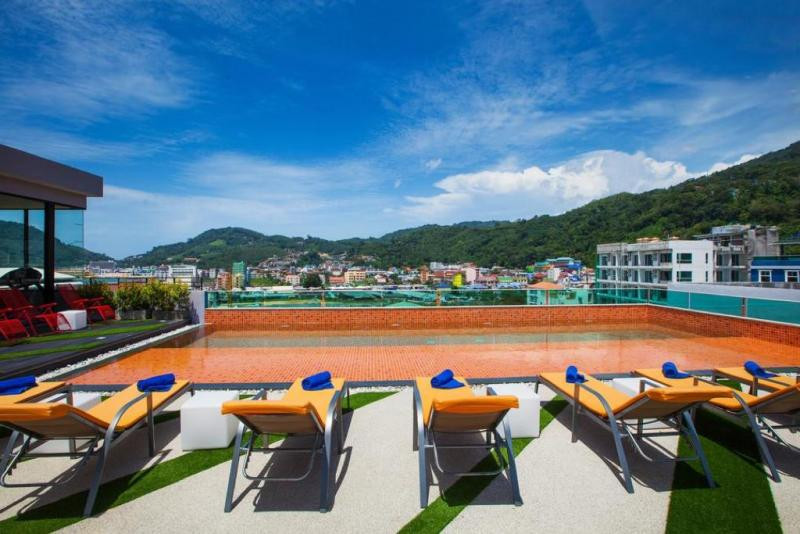Picture Modern 3 star Pool Hotel to Sell in the center of Patong, Phuket, Thailand