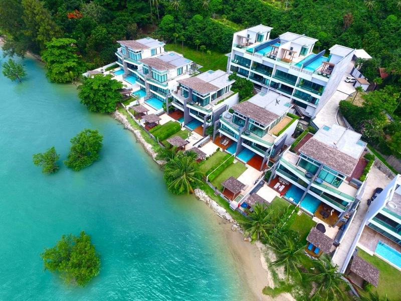 Picture Phuket Exclusive Beachfront and Sea View high tech Villa in Rawai