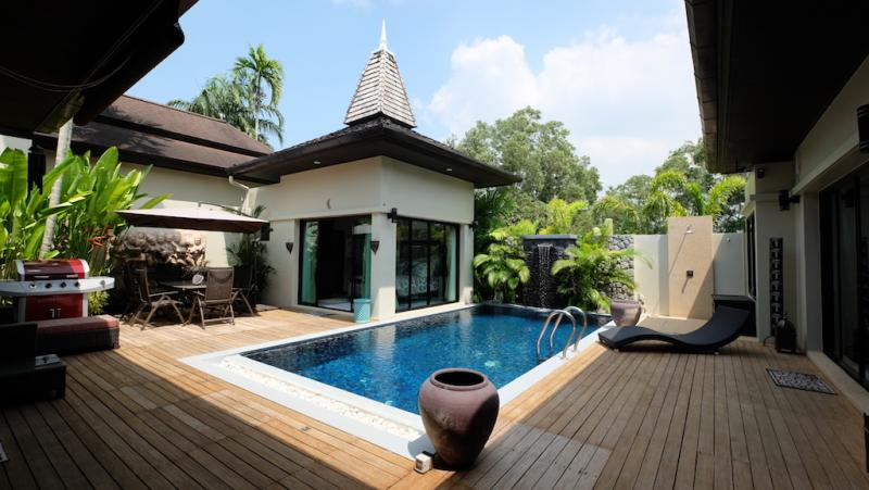 Picture Phuket Luxury 3 bedroom pool villa for sale in Layan