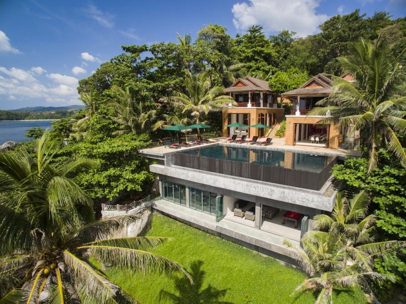 Photo Villa de luxe avec vue sur la mer de 8 chambres à vendre à Kata, Phuket