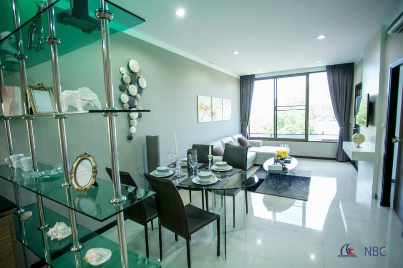 Picture Luxury penthouse for sale in Nai Harn-Phuket