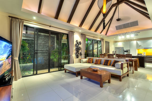 Picture Luxury Phuket pool villa for rent in Nai Harn with 3 bedrooms