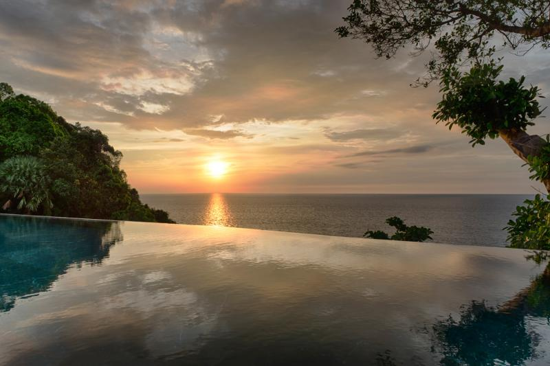 Picture Phuket luxury pool villa for sale in Kamala Millionaire's Miles