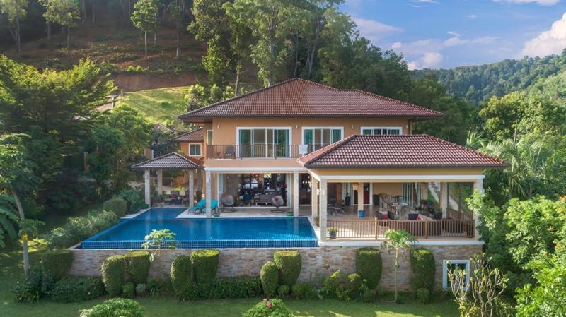 Photo Maison de luxe avec 9 chambres et piscine à vendre à Loch Palm, Kathu