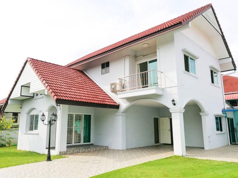 Photo Maison moderne de 3 chambres à vendre à Paklok, Phuket