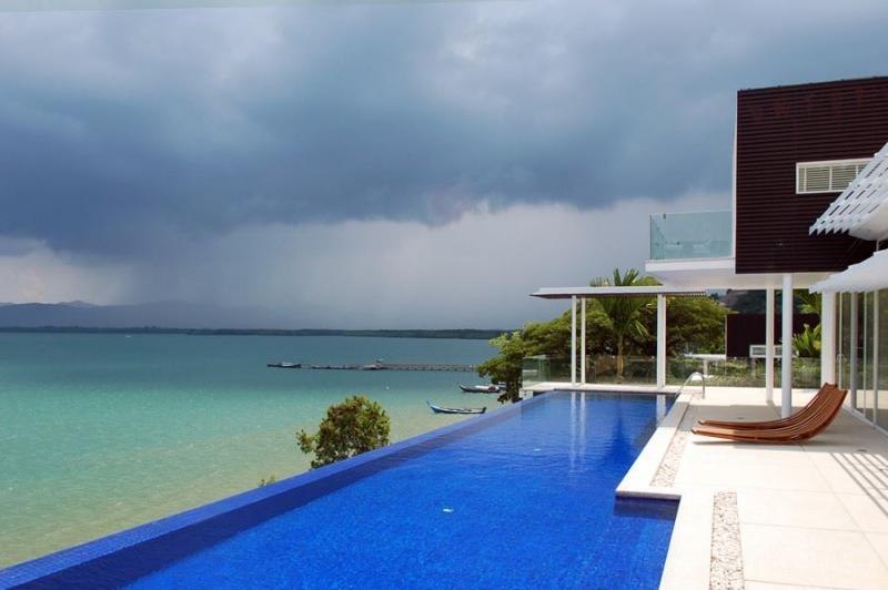 Photo Villa de luxe en Front de mer à vendre ou à louer à Cape Yamu, Phuket, Thaïlande