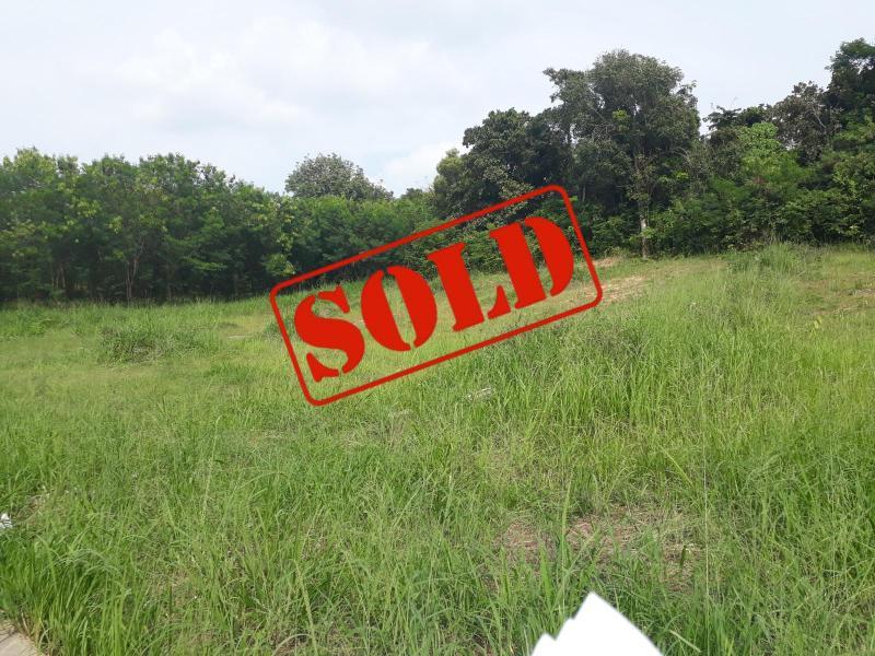 Photo 2344 m2 de terrain à vendre dans le quartier résidentiel de Rawai, Phuket, Thaïlande